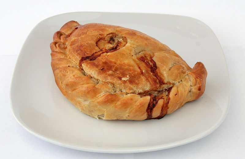 800px-Cornish_pasty