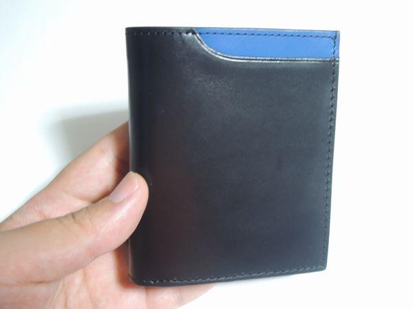 Amazonランキング1位の財布